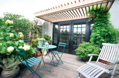 ny-rooftop-steamer-chair