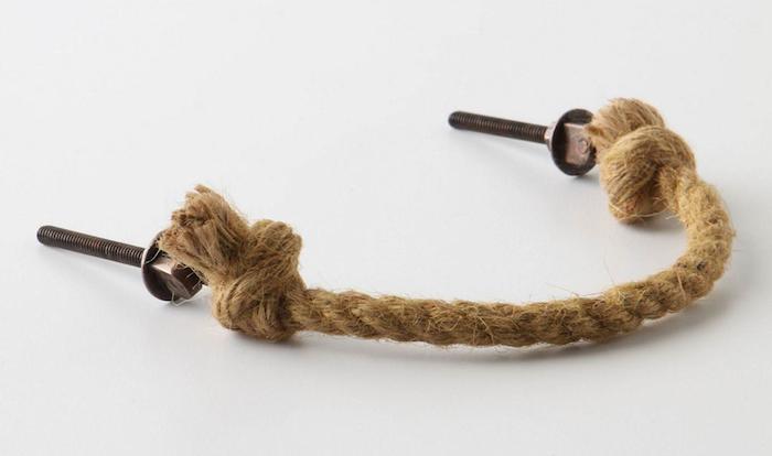 700_700-rope-pull-sibella-court