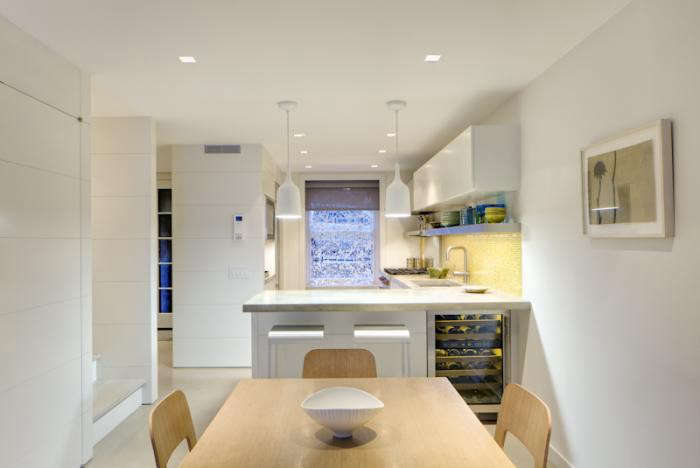 700_acourt-kitchen-view-to-street