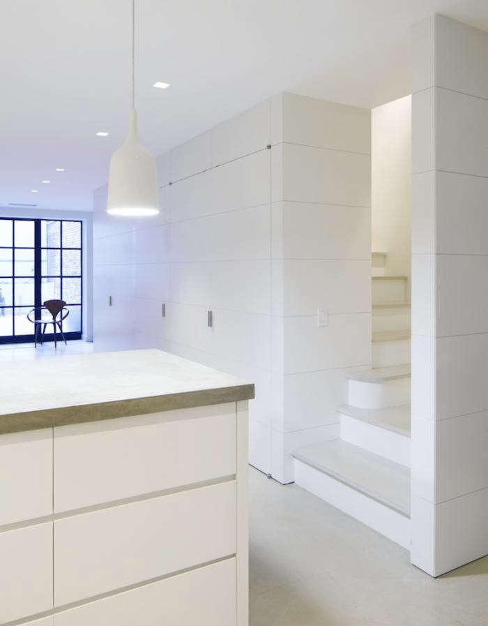 700_acourt-stair-to-kitchen-level