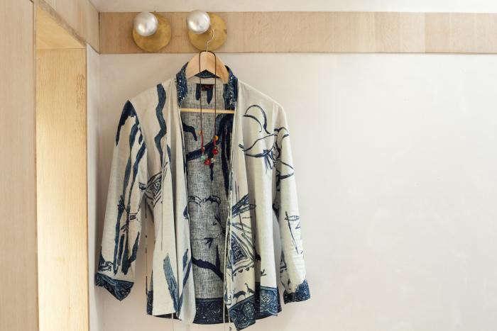 700_amanda-cox-45rpm-shirt