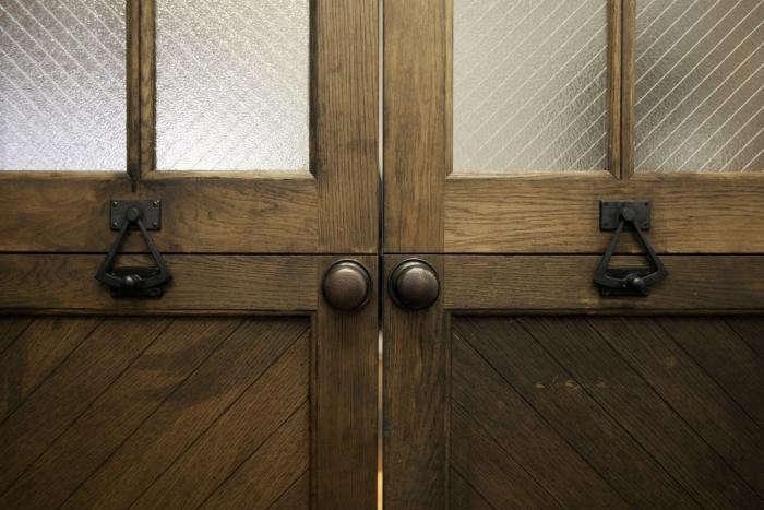700_cassowary-door-detail