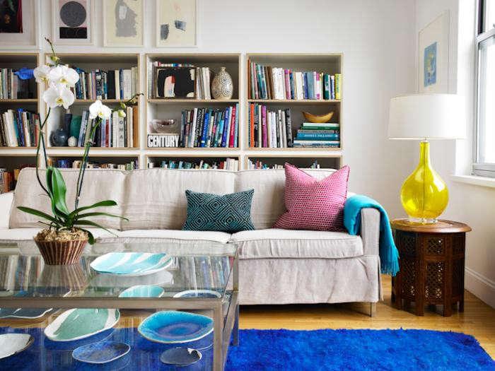 700_elephant-ceramics-living-room