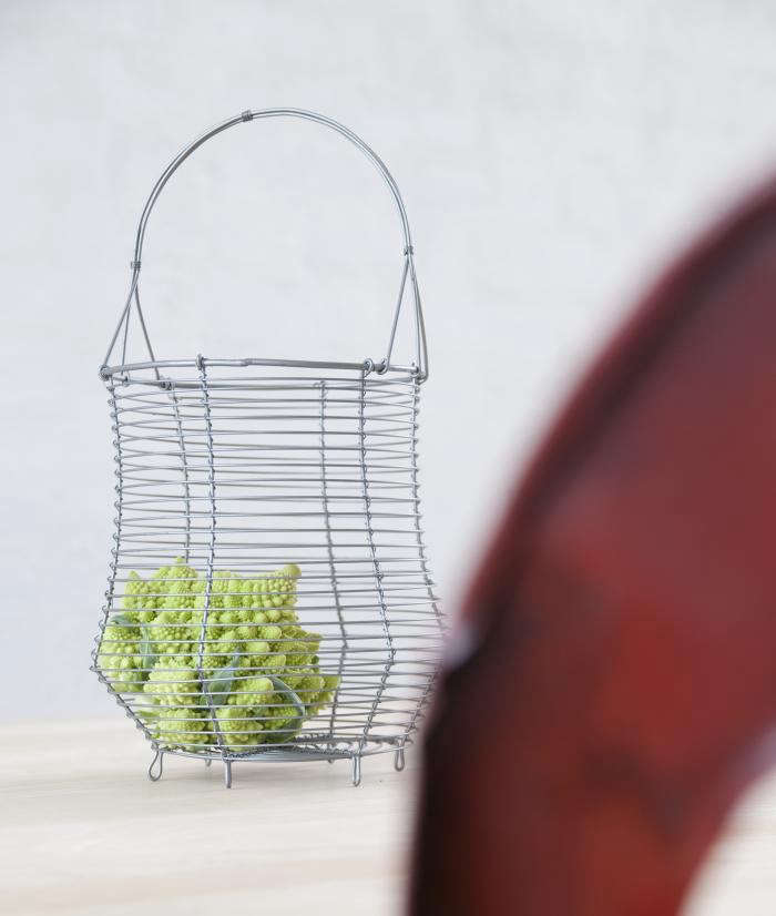 700_madam-stolz-basket
