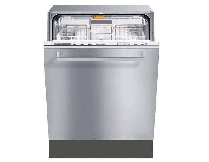 700_miele-futura-profiline-dishwasher-mug-shot
