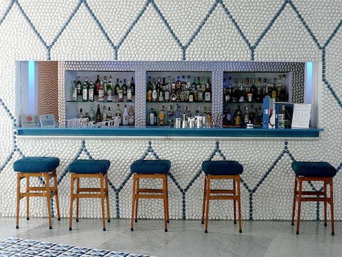 700_ponti-tiled-bar-stools
