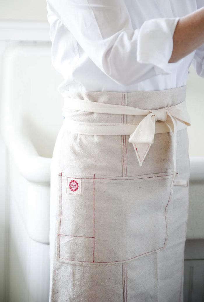 700_raw-materials-apron