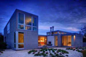 Stelle-Architects-Courtyard-House-Amagansett-exposed-flues