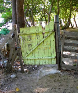 Onar-Andros-eco-resort-lime-green-wood-gate