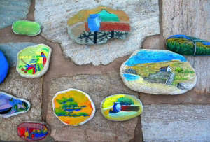 Onar-Andros-eco-resort-painted-stones