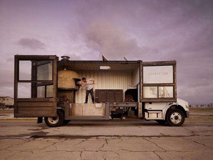 700_sf-food-truck-pizza-truck-jpeg