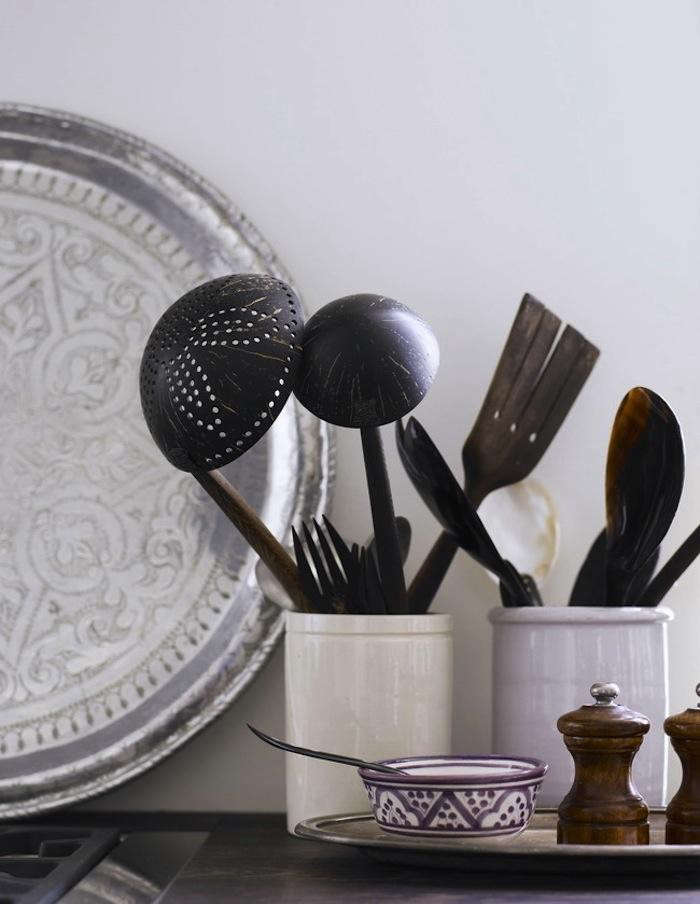 700_tine-k-wooden-spoons-kitchen