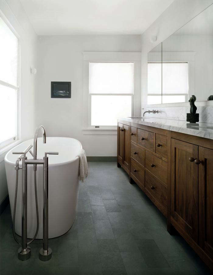 Windows translucent privacy solutions remodelista for Privacy solution between bedroom and bath