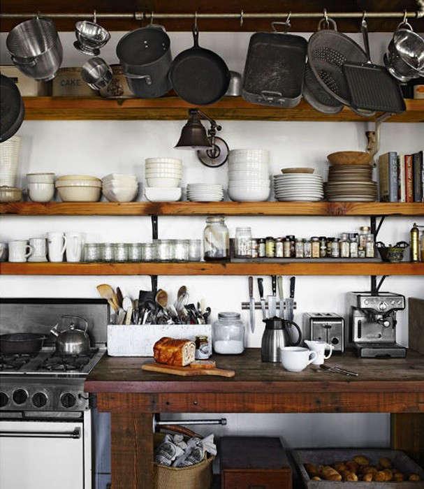 long-rustic-kitchen-shelves-1