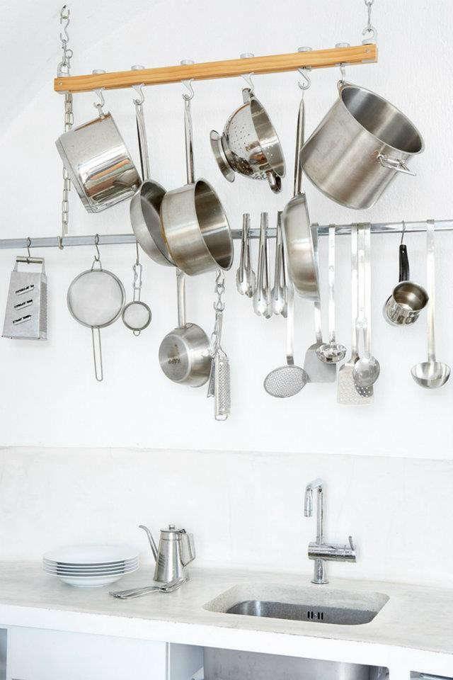 villa-fabrica-stainless-kitchen-rack