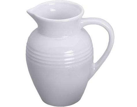 le-creuset-whitel-stoneware-pitcher-large