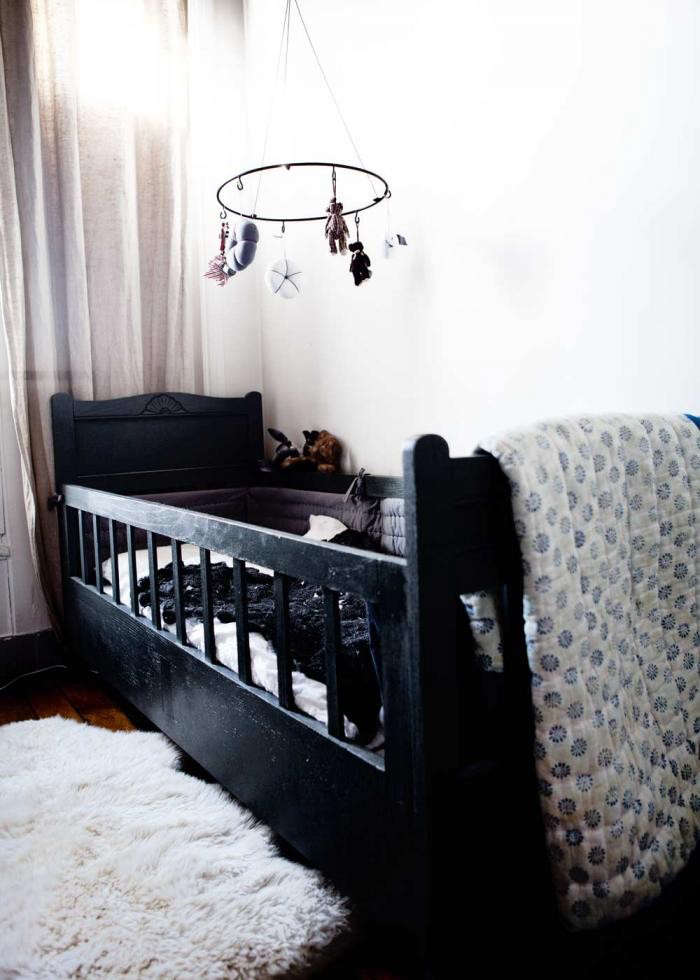 700_black-painted-baby-crib-french-by-design
