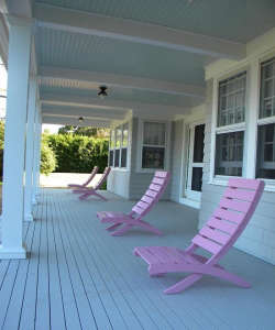 Connecticut-Summer-House-Front-Porch-Remodelista