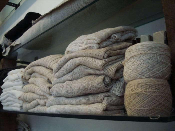 700_cubreme-fabrics-on-shelf