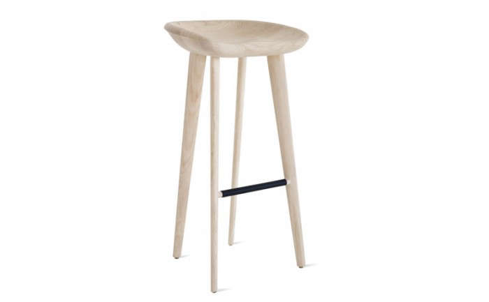 700_dwr-wooden-stool-scandi