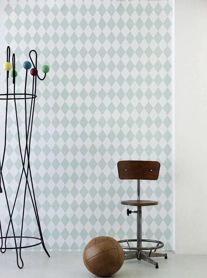 700_ferm-living-harlequin-wallpaper