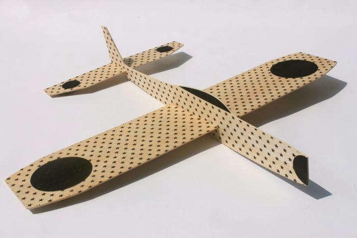 700_fredericks-and-mae-wooden-glider-1
