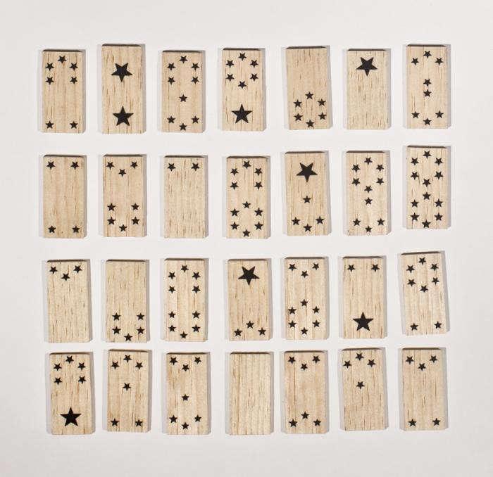 700_fredricks-and-mae-domino-set