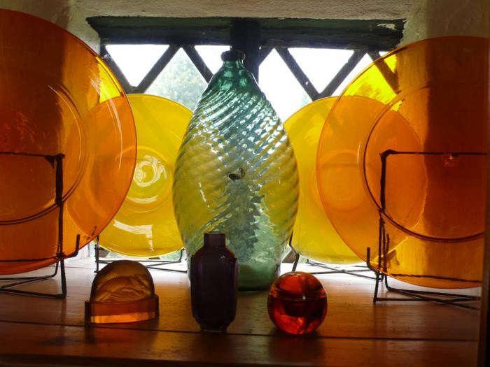 700_glass