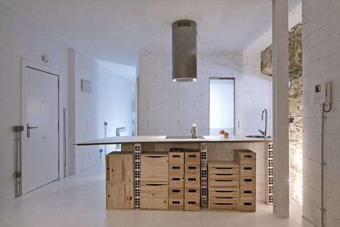 700_kitchen-box-storage-photo-wide-shot-kitchen