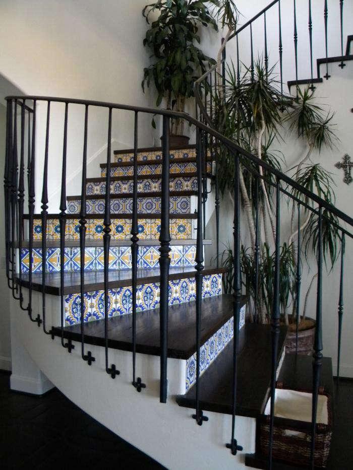 700_lascaux-stair-risers