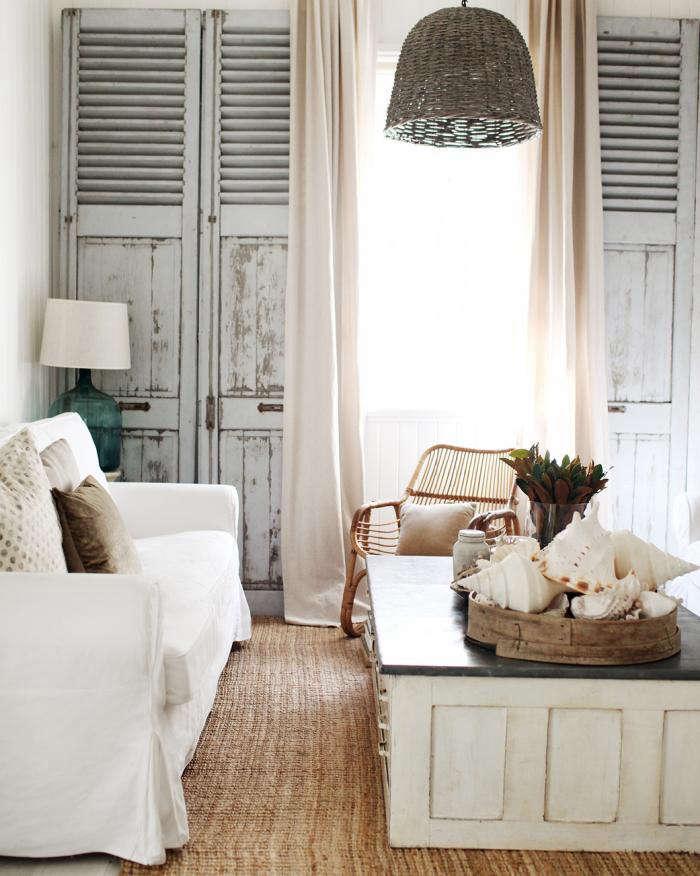 700_lounge-room-r-crop
