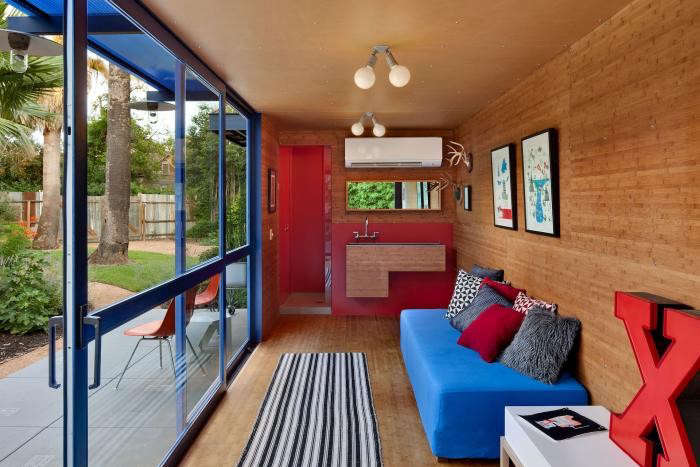 700_poteet-container-house-12