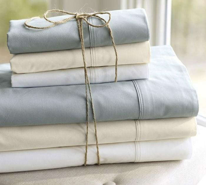 700_pottery-barn-white-sheets-home