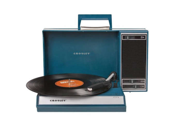 700_record-player-blue-crosley