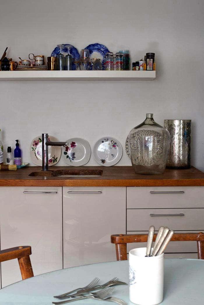 700_rmlouisa-grey-kitchen-04a