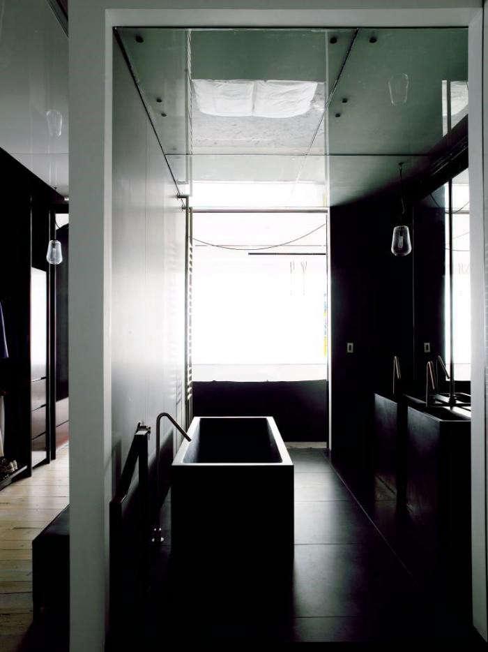 700_tribeca-green-bathroom-dark