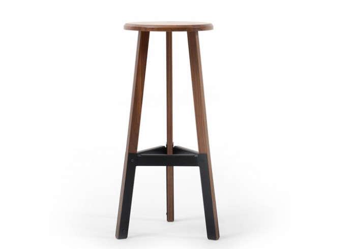 700_wooden-stool-dark-wood-horne