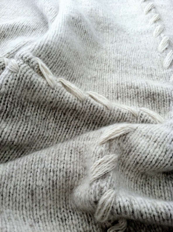 cashmere-sweater-blanket