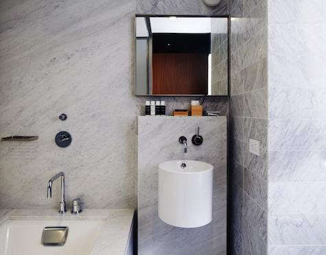 hotel-americano-bathroom
