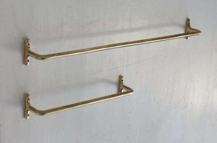 700_700-oji-brass-towel-bars