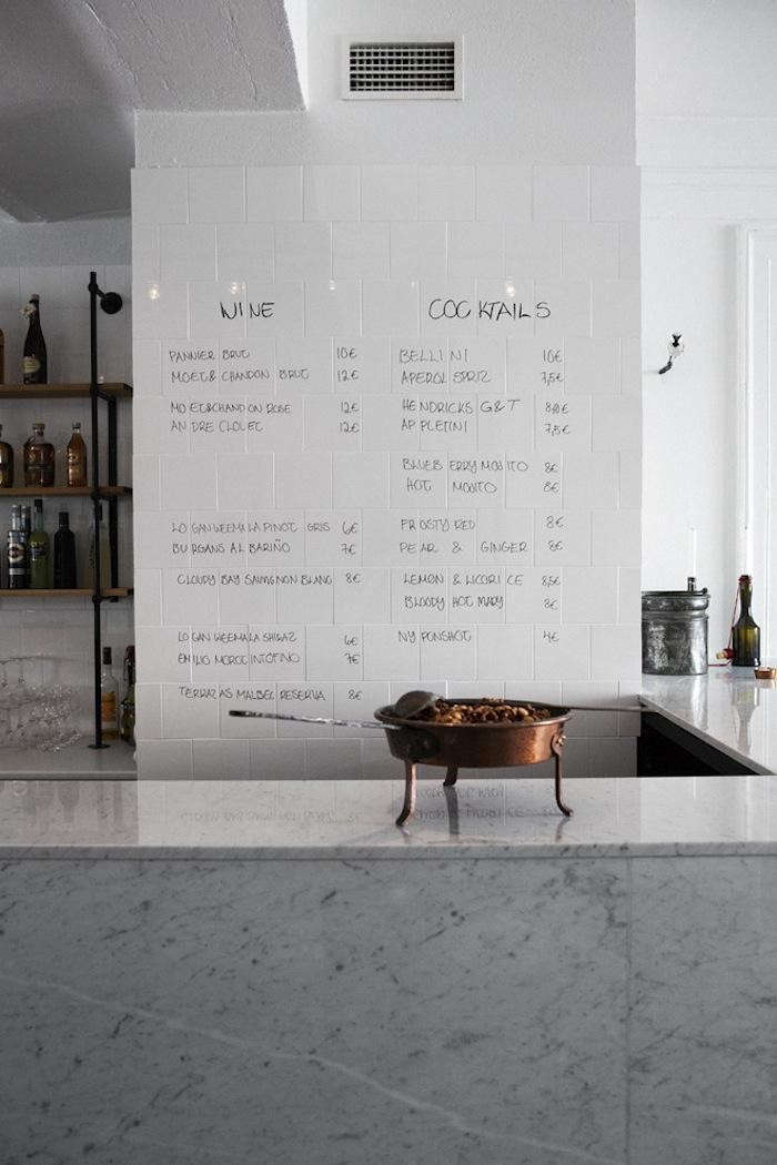 700_bar-and-co-counter-writing