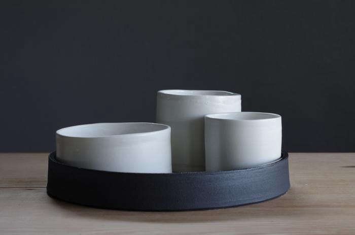 700_black-and-white-nesting-set-1024×1024