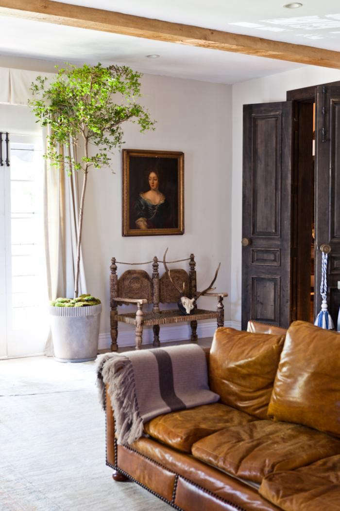 700_estee-stanley-bedroom-potted-plant-2