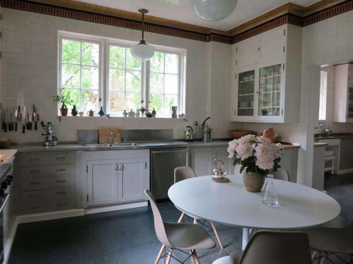 700_kitchen1