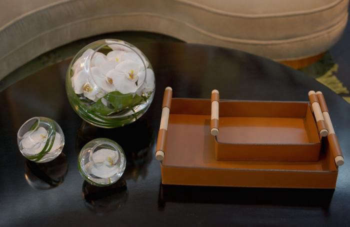 700_nbs-green-room-table-detail