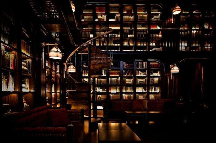 700_nomad-hotel-library