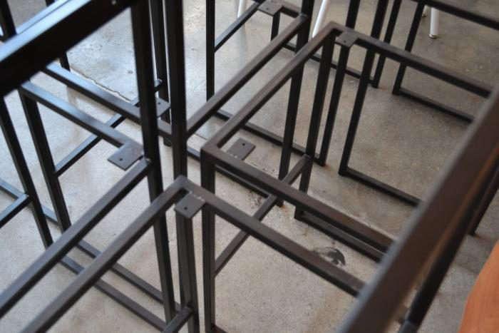 700_ohio-design-black-frames