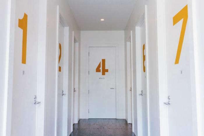 700_optimist-bathrooms-offices