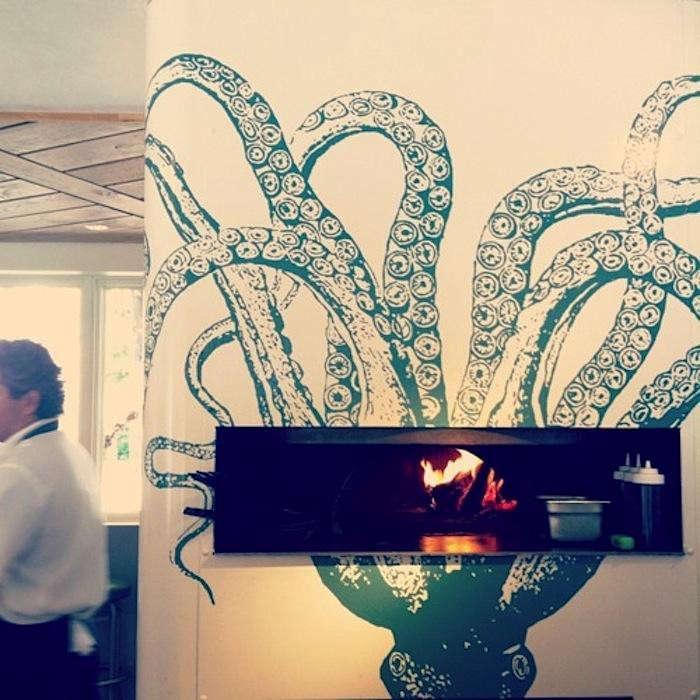700_optimist-octopus-mural