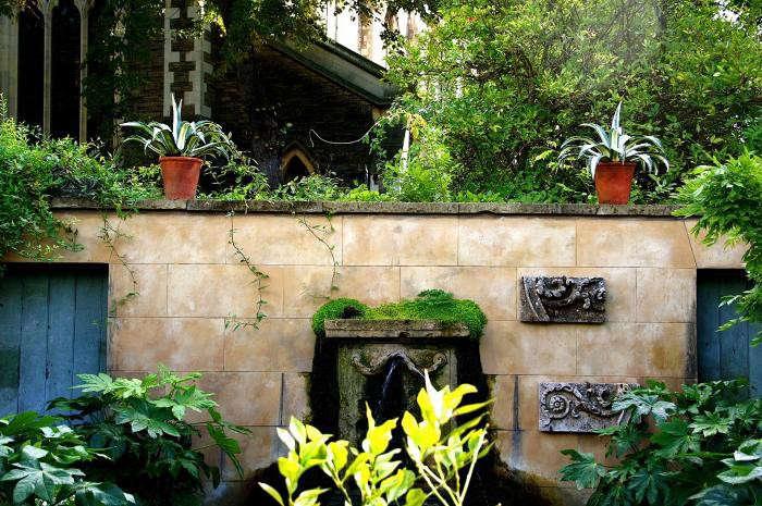 700_remodelista-will-fisher-garden-02